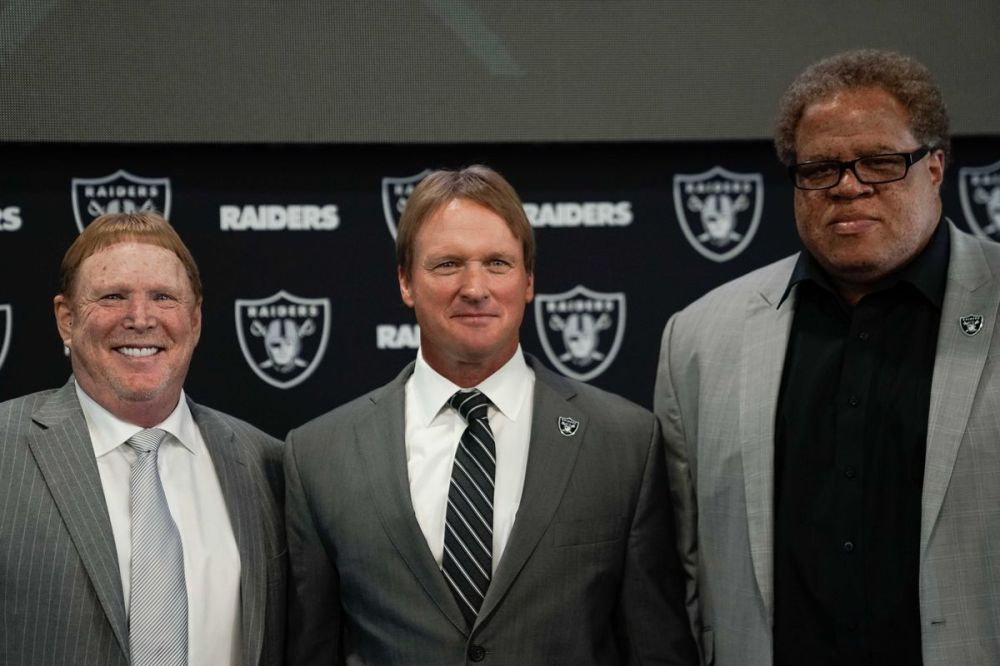 RAIDERS STAFF