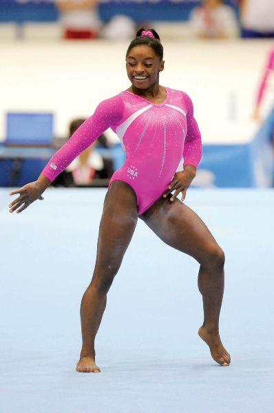 resized Simone-Biles-floor-exercise-routine-artistic-gymnastics-Oct-6-2013